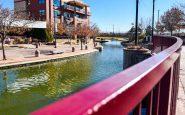Arkansas Riverwalk yang bersejarah, CO
